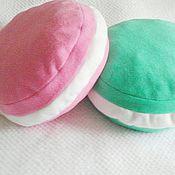 Для дома и интерьера ручной работы. Ярмарка Мастеров - ручная работа подушки-макаруны. Handmade.