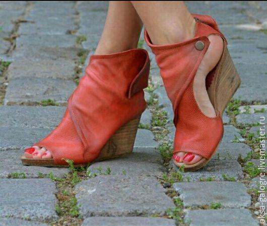 Обувь ручной работы. Ярмарка Мастеров - ручная работа. Купить Босоножки. Handmade. Ярко-красный, босоножки из питона, натуральная кожа