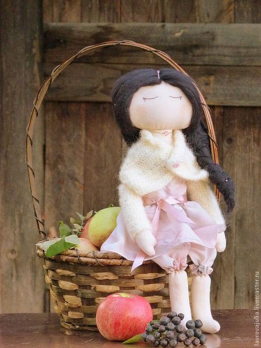 Коллекционные куклы ручной работы. Ярмарка Мастеров - ручная работа. Купить Рябиновая. Handmade. Бледно-розовый, девушка, шерсть