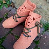 Обувь ручной работы. Ярмарка Мастеров - ручная работа Сапожки шерстяные на платформе Абрикосовые розы. Handmade.