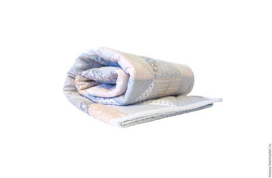 Пледы и одеяла ручной работы. Ярмарка Мастеров - ручная работа. Купить Нежное лоскутное одеяло для девочки. Handmade. Розовый