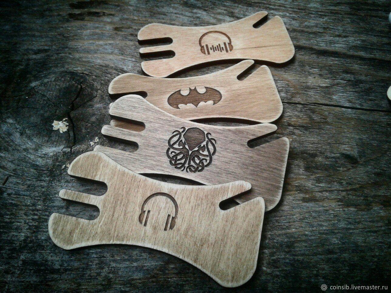 Органайзер для наушников деревянный