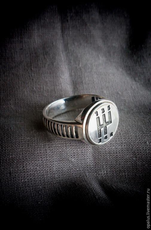 """Украшения для мужчин, ручной работы. Ярмарка Мастеров - ручная работа. Купить мужской перстень """"За рулем"""". Handmade. Мужской подарок"""