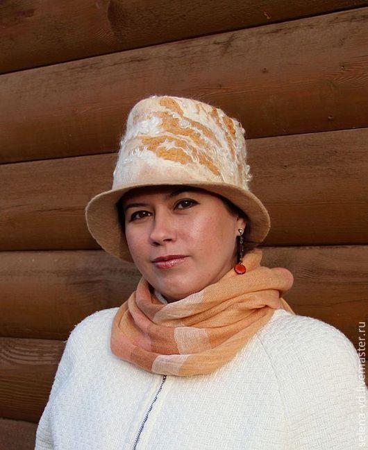 """Шляпы ручной работы. Ярмарка Мастеров - ручная работа. Купить """"Юлия"""" комплект войлочный шляпа + варежки. Handmade. Белый"""