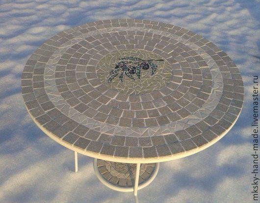 """Мозаичный столик из полированного мрамора """"Олива""""  не смотря на каменную столешницу выглядит легко и элегантно. Мы дарим Вам тепло наших рук. MKsky"""