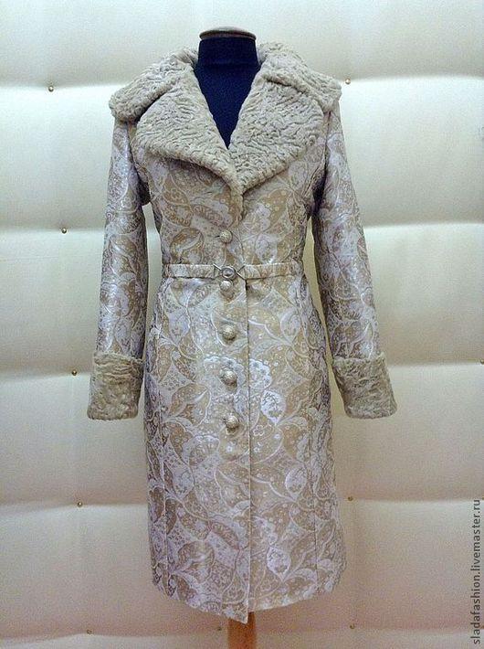 """Верхняя одежда ручной работы. Ярмарка Мастеров - ручная работа. Купить Пальто """"Золотистый изыск"""". Handmade. Золотой, Светлое пальто"""