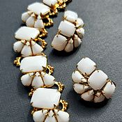 Винтаж handmade. Livemaster - original item Set, USA, ,60s, milk glass, white, bracelet, clips. Handmade.
