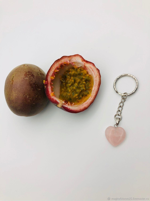 Брелок с розовым кварцем