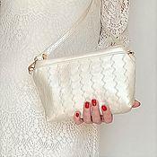 Свадебный салон handmade. Livemaster - original item Pearl clutch bag, white wedding clutch, prom bag (125). Handmade.