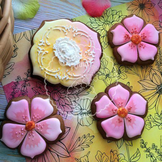 Кулинарные сувениры ручной работы. Ярмарка Мастеров - ручная работа. Купить Пряники на свадьбу или день рождения. Handmade. Розовый