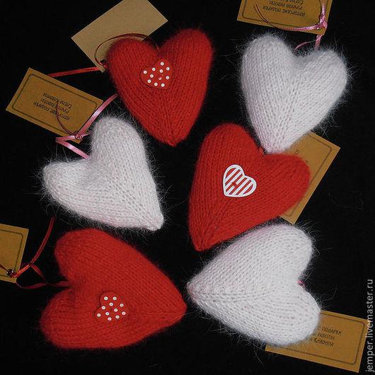 Подарки для влюбленных ручной работы. Ярмарка Мастеров - ручная работа. Купить Сердечко вязаное. Handmade. Ярко-красный, сердечко