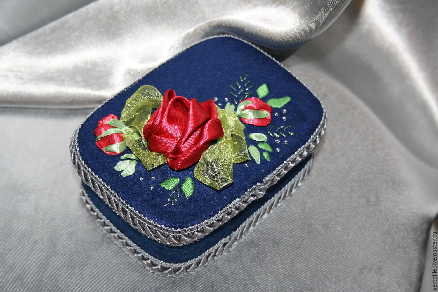 Box flowers ribbon jewelry box with flowers name of the Rose