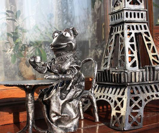 """Миниатюра ручной работы. Ярмарка Мастеров - ручная работа. Купить Кукла-сувенир """"Лягушка - путешественница """"O! Paris, Paris..."""". Handmade."""