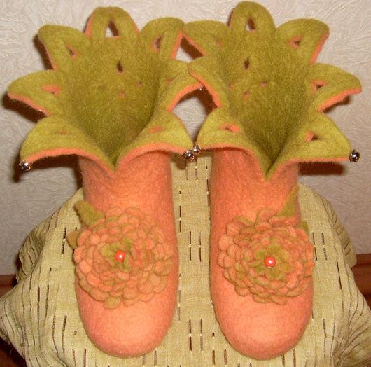 """Обувь ручной работы. Ярмарка Мастеров - ручная работа. Купить Домашние валеночки """"Оранжевое настроение"""". Handmade. Домашняя обувь, подарок"""