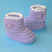 Работы для детей, ручной работы. Ярмарка Мастеров - ручная работа Вязаная обувь ручной работы Пинетки сапожки плюшевые, цвет сиреневый. Handmade.