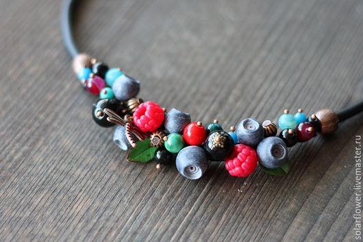 Колье, бусы ручной работы. Ярмарка Мастеров - ручная работа. Купить Ожерелье ягодное. Handmade. Тёмно-синий, ягоды