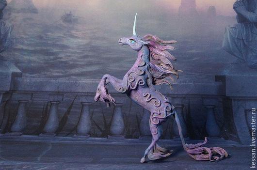 Сказочные персонажи ручной работы. Ярмарка Мастеров - ручная работа. Купить Магический Единорог Статуэтка (лиловый синий волшебный ) лошадь. Handmade.