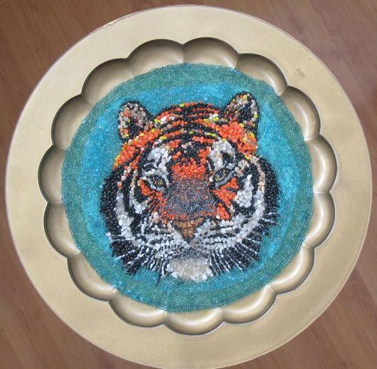 """Мебель ручной работы. Ярмарка Мастеров - ручная работа. Купить столик с мозаикой """"Тигр"""". Handmade. Столик, мозаика мебели, бисер"""
