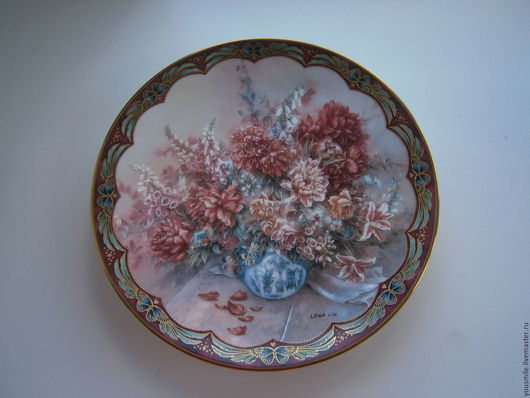 Авторская декоративная фарфоровая тарелка Lena Liu  `Пионы` 1993 г