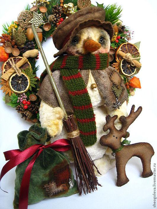 Мишки Тедди ручной работы. Ярмарка Мастеров - ручная работа. Купить Снеговик с метлой...... ;-). Handmade. Оливковый