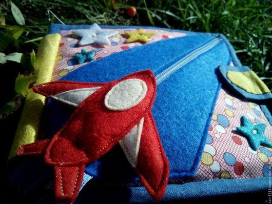 Развивающие игрушки ручной работы. Ярмарка Мастеров - ручная работа. Купить Развивающая книжка для мальчика. Handmade. Тёмно-бирюзовый