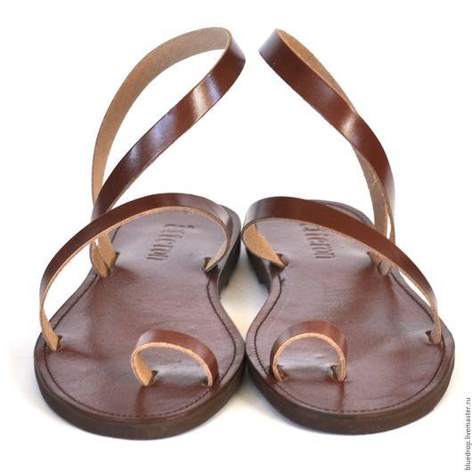 Обувь ручной работы. Ярмарка Мастеров - ручная работа. Купить Кожаные сандалии с пальчиком и петлей через щиколотку. Handmade. Сандалии