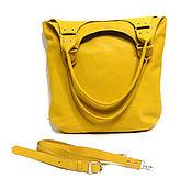 Сумки и аксессуары ручной работы. Ярмарка Мастеров - ручная работа Кожаная сумка хобо кожа на плечо Желтый яркий шоппер Подарок женщине. Handmade.