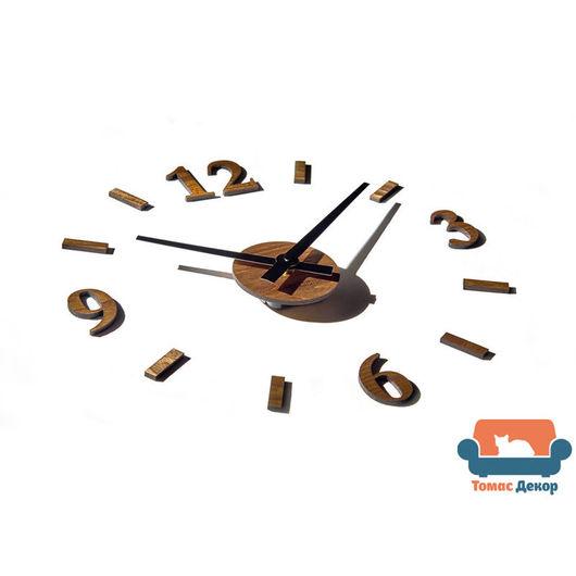 Настенные часы из массива ясеня, тонировка орех. Размер на фото: диаметр 40 см (возможно от 40-50 см). `Томас Декор` Клюева Елизавета