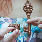 Подарки к праздникам ручной работы. Ярмарка Мастеров - ручная работа Ключ от сердца от Alexander Awe. Handmade.
