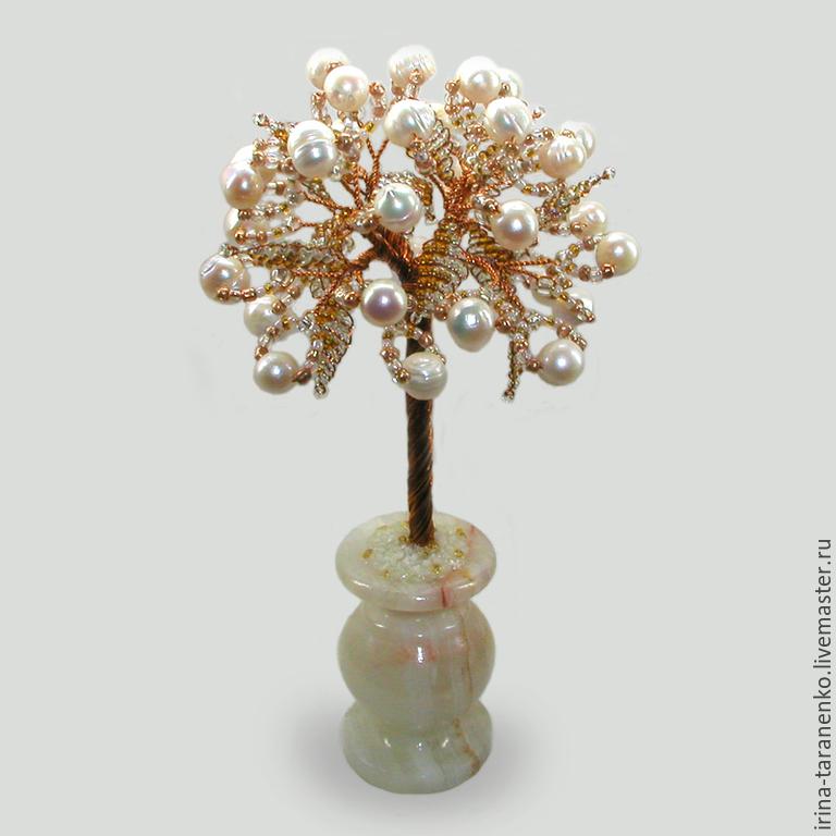 Tree of pearls `Wedding` in a vase of onyx