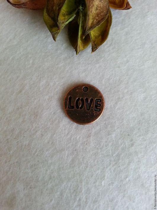 """Для украшений ручной работы. Ярмарка Мастеров - ручная работа. Купить Подвеска """"Love"""" медь. Handmade. Бордовый, металлическая фурнитура"""