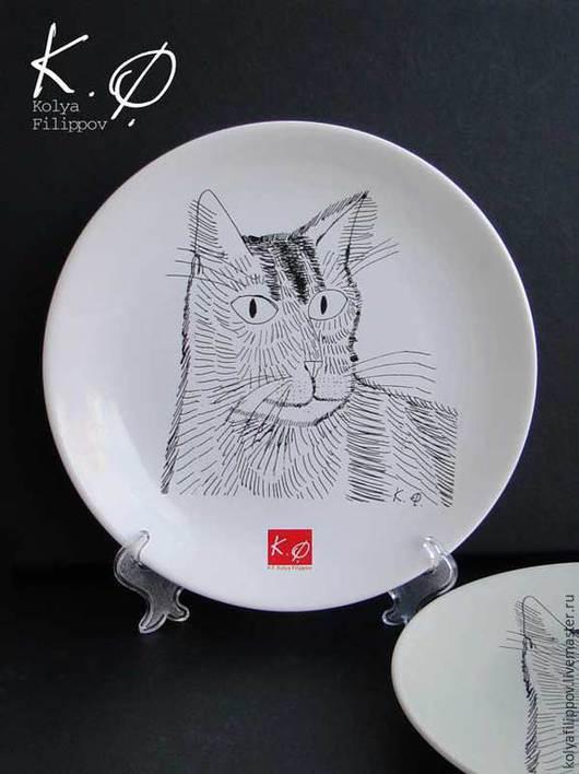 """Тарелки ручной работы. Ярмарка Мастеров - ручная работа. Купить Тарелка 21 см""""Портрет молодого Кота"""". Handmade. Белый, подарок"""