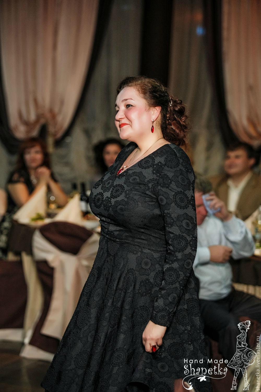 Платья 56 размер москва купить