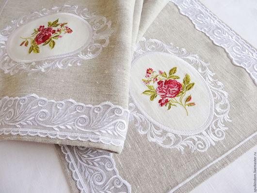 Дорожка с вышивкой `Винтажная роза` `Шпулькин дом` мастерская вышивки