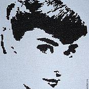 Картины и панно ручной работы. Ярмарка Мастеров - ручная работа Вышивка Одри Хепберн. Handmade.
