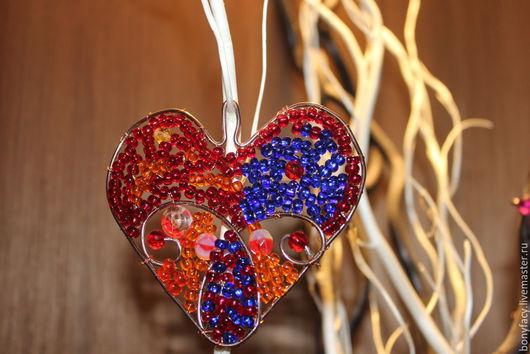 """Подвески ручной работы. Ярмарка Мастеров - ручная работа. Купить Подвеска """"Сердце"""". Handmade. Разноцветный, подарок для женщины, бисер"""