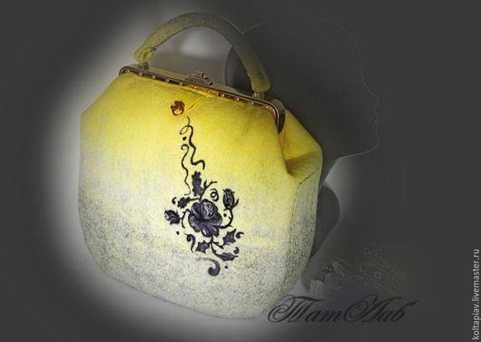 """Женские сумки ручной работы. Ярмарка Мастеров - ручная работа. Купить Войлочная сумка """"Тату"""". Handmade. Лимонный"""