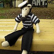 Куклы и игрушки ручной работы. Ярмарка Мастеров - ручная работа Вязаная мышь - Яша морячок. Handmade.