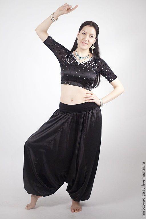 Костюм для занятий индийскими танцами, состоящий из чоли и афгани. Выполню на заказ. Стоимость костюма указана без расшивки.