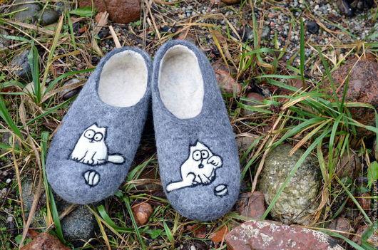 """Обувь ручной работы. Ярмарка Мастеров - ручная работа. Купить Тапочки мужские валяные """"кот Саймона"""". Handmade. Серый"""
