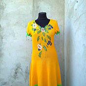 Одежда ручной работы. Ярмарка Мастеров - ручная работа вязаное платье с вышивкой Лютики-цветочки,ромашки -василечки. Handmade.