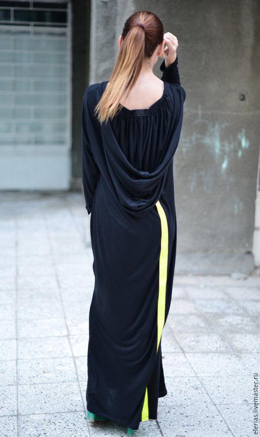 Черное платье. Длинное платье в пол. Платье с длинным рукавом.