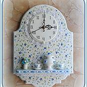 """Для дома и интерьера ручной работы. Ярмарка Мастеров - ручная работа Часы с полочкой """"Ситцевое чаепитие"""" (Самоварчик ситцевый). Handmade."""