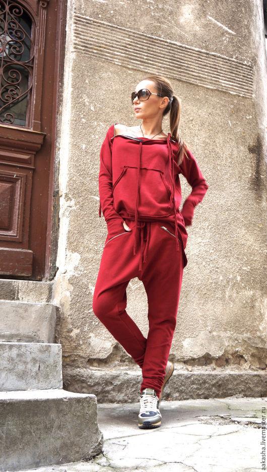 Свитшот кофта на молнии цвет бургунди толстовка стильная одежда стиль гранж модная одежда стильная кофта дизайнерская одежда