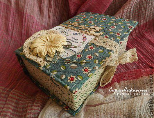 """Подарки для новорожденных, ручной работы. Ярмарка Мастеров - ручная работа. Купить Мамины сокровища """"Изумрудные"""". Handmade. Зеленый, цветы вязаные"""