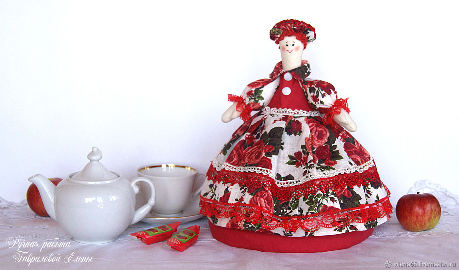 Doll-hot water bottle for teapot Red roses. Gift, kitchen textiles, Teapot cover, Magnitogorsk,  Фото №1