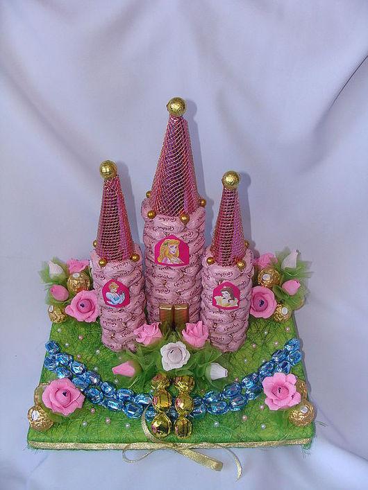"""Кулинарные сувениры ручной работы. Ярмарка Мастеров - ручная работа. Купить Букет из конфет """" Замок для маленькой принцессы"""". Handmade."""