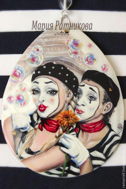 """Кулоны, подвески ручной работы. Ярмарка Мастеров - ручная работа. Купить Колье """"Je t'aime"""" лаковая миниатюра мим. Handmade."""