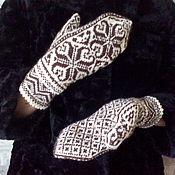 "Аксессуары handmade. Livemaster - original item Варежки ""Морозко"" шерстяные вязаные спицами. Handmade."
