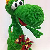 """Куклы и игрушки ручной работы. Ярмарка Мастеров - ручная работа Мастер-класс по вязанию """"Динозаврик Роки"""". Handmade."""